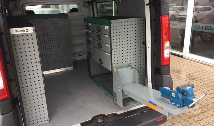 Effektivisér dit arbejde med den rette indretning af din varevogn - Blog - FindLeasing.nu