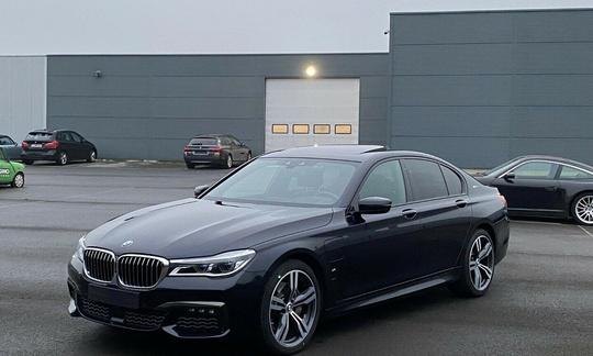 BMW 740i - 326 hk Steptronic